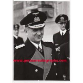 Ritterkreuzträger Admiral Karl Dönitz Text